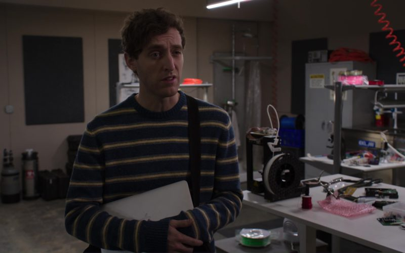 MacBook Air Laptop Used by Thomas Middleditch in Silicon Valley (1)