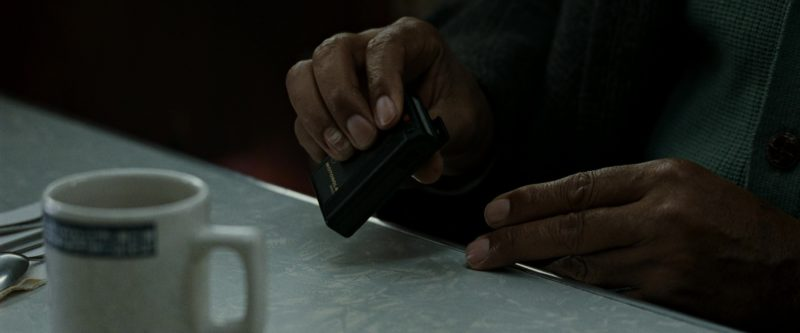 Motorola Pager Used by Morgan Freeman in Seven (Se7en) (1995) Movie Product Placement