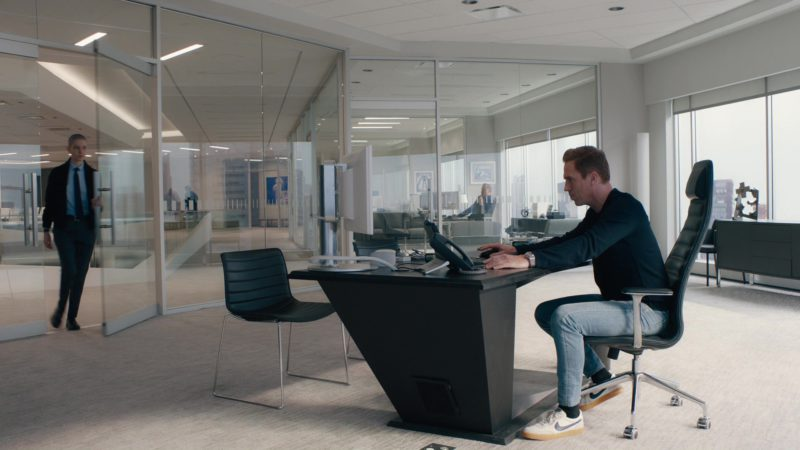 Nike Sneakers Worn by Damian Lewis (Bobby Axelrod) in Billions: All the Wilburys (2018) TV Show Product Placement