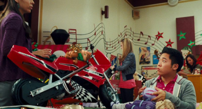 Razor Pocket Rocket Miniature Electric Bike (PR200) in Alvin and the Chipmunks: The Squeakquel (2009) - Movie Product Placement