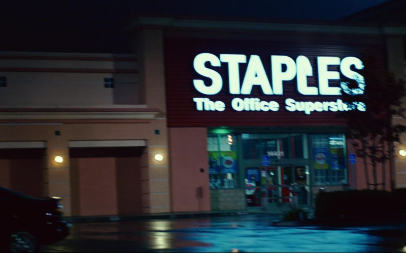 Staples Store in Click