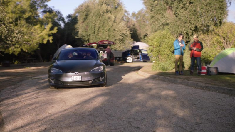 Tesla Model S Used by Kumail Nanjiani (Dinesh) in Silicon Valley: Fifty-One Percent (2018) TV Show Product Placement
