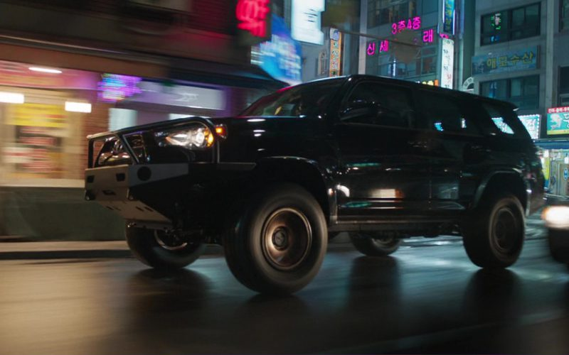 Toyota 4Runner Suvs in Black Panther (7)