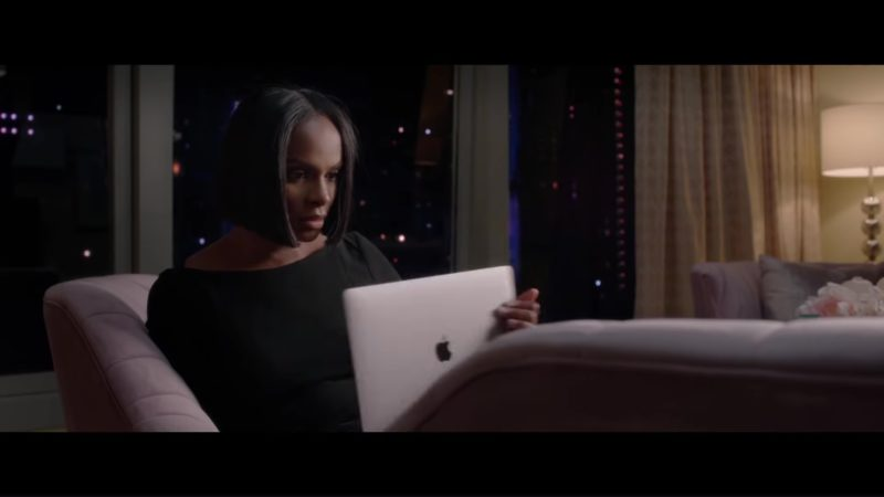 Apple MacBook Laptop Used by Tika Sumpter in Nobody's Fool (2018) - Movie Product Placement