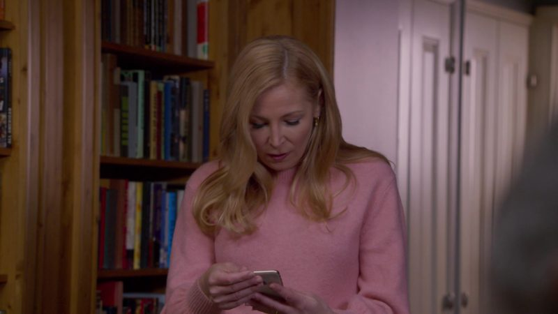 Apple iPhone Used by Jennifer Westfeldt in Younger: A Titanic Problem (2018) - TV Show Product Placement