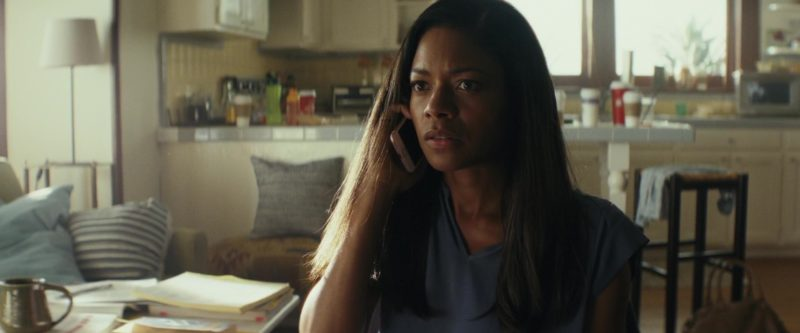 Apple iPhone Used by Naomie Harris in Rampage (2018) - Movie Product Placement