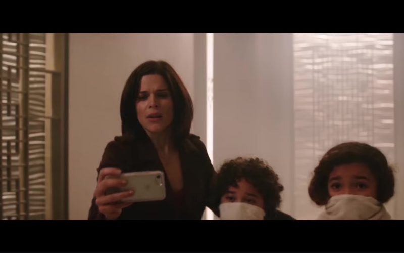 Apple iPhone Used by Neve Campbell in Skyscraper