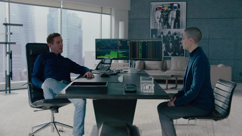 """Bloomberg Terminals Used by Damian Lewis in Billions: """"Redemption"""" (2018) - TV Show Product Placement"""