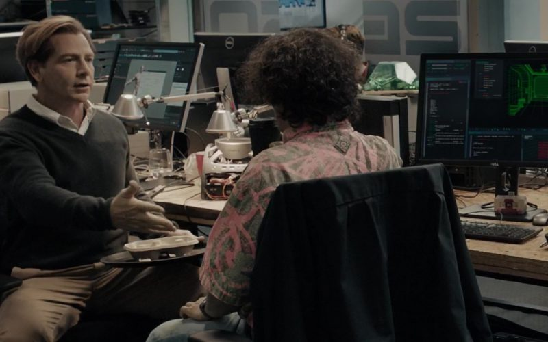 Dell Monitors Used by Ben Mendelsohn (Nolan Sorrento) in Ready Player One (1)