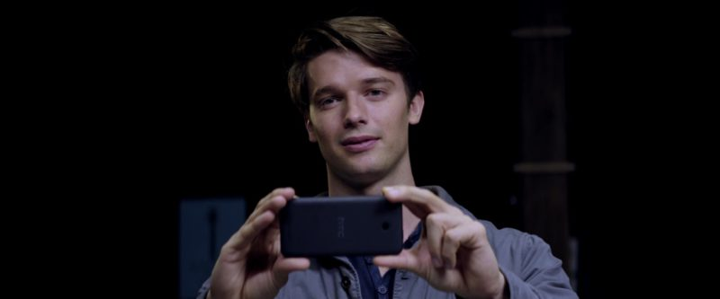 HTC Phone Used by Patrick Schwarzenegger in Midnight Sun (2018) - Movie Product Placement