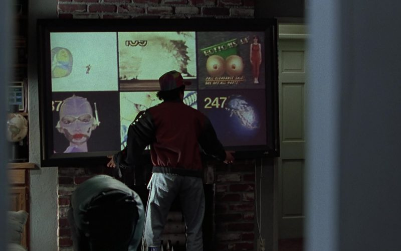 JVC TV Used by Michael J. Fox in Back to the Future Part (1)