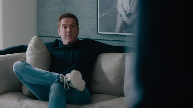 "NB Sneakers Worn by Damian Lewis in Billions: ""Kompenso"" (2018) - TV Show Product Placement"