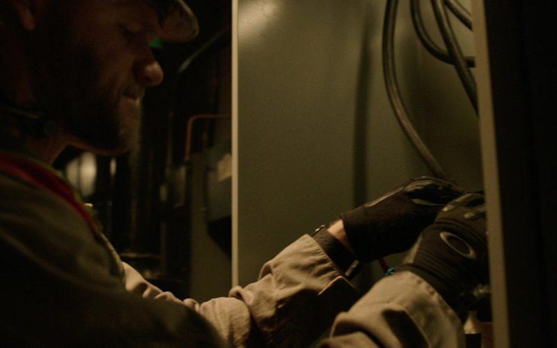 Oakley Tactical Gloves Worn by Evan Jones in Den of Thieves