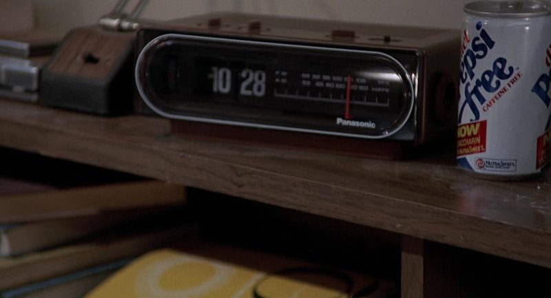 Panasonic Clock and Diet Pepsi Can in Back to the Future (1985) - Movie Product Placement