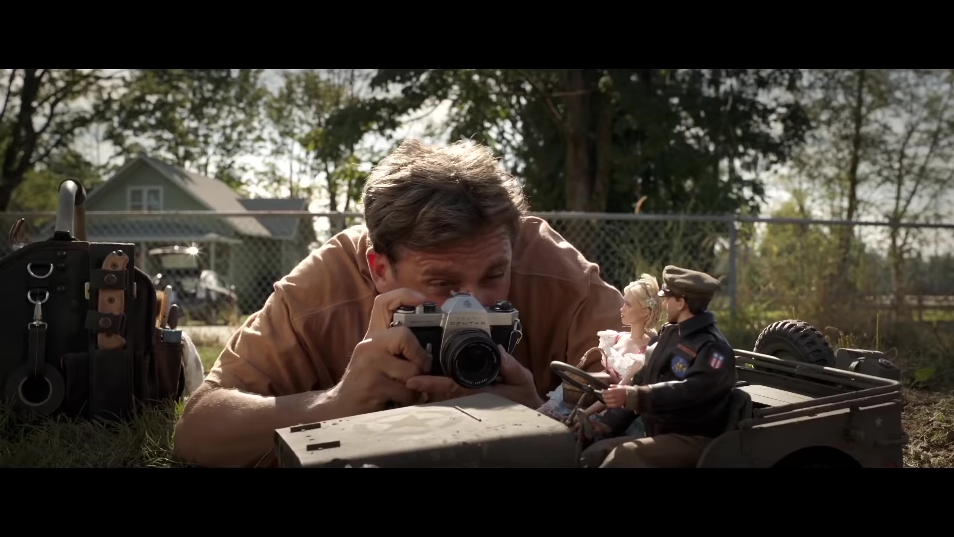 Pentax Camera Used by Steve Carell in Welcome to Marwen (2018)