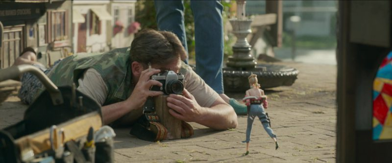 Pentax Camera Used by Steve Carell in Welcome to Marwen (2018) - Movie Product Placement