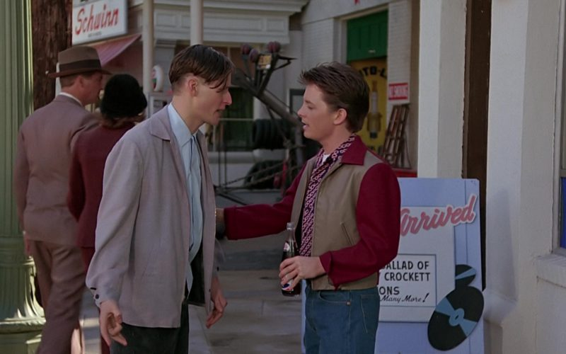 Pepsi Vintage Bottle in Back to the Future (1)