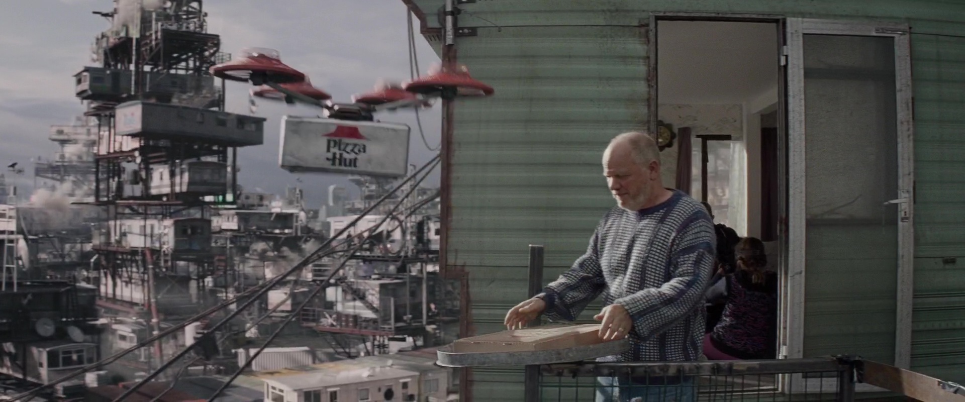 Pizza Hut Drone Delivery In Ready Player One 2018 Movie
