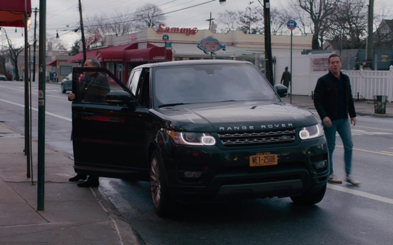 Range Rover Sport and Nike Sneakers Worn by Damian Lewis (Bobby Axelrod) (1)