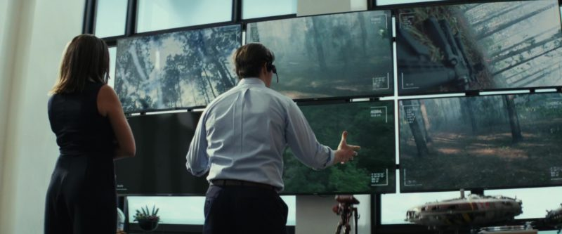 Samsung Monitors in Rampage (2018) - Movie Product Placement
