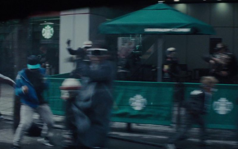 Starbucks Coffeehouse in Ready Player One (3)