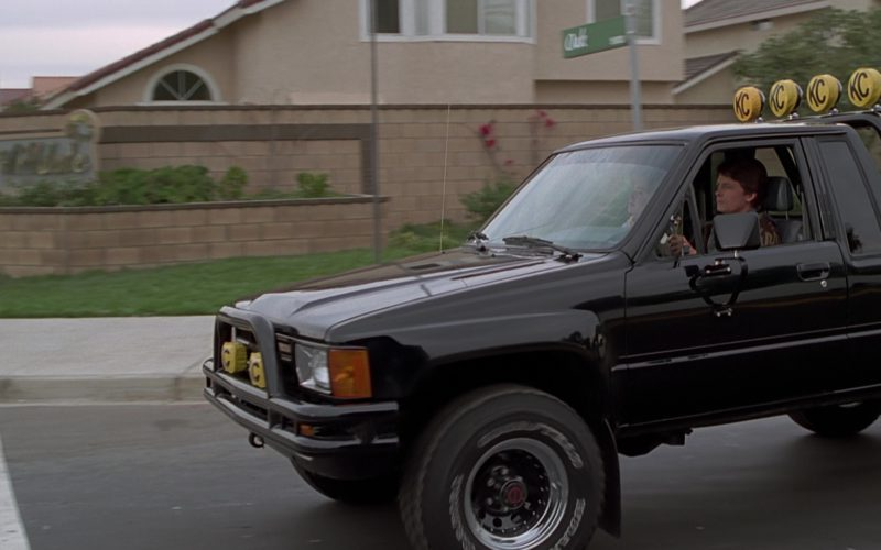 Toyota SR5 Pickup Truck Used by Michael J. Fox (Marty McFly) (5)