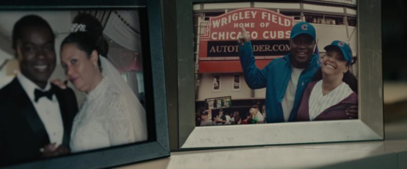 Wrigley Field and Chicago Cubs in Gringo (2018) - Movie Product Placement