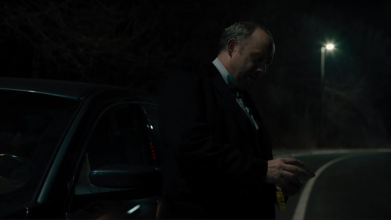 """iPhone X Used by Paul Giamatti (Chuck Rhoades) in Billions: """"Redemption"""" (2018) - TV Show Product Placement"""