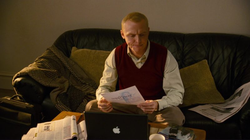 Apple Laptop and Sony Ericsson Phone Used by Simon Pegg in How to Lose Friends & Alienate People (2008) - Movie Product Placement