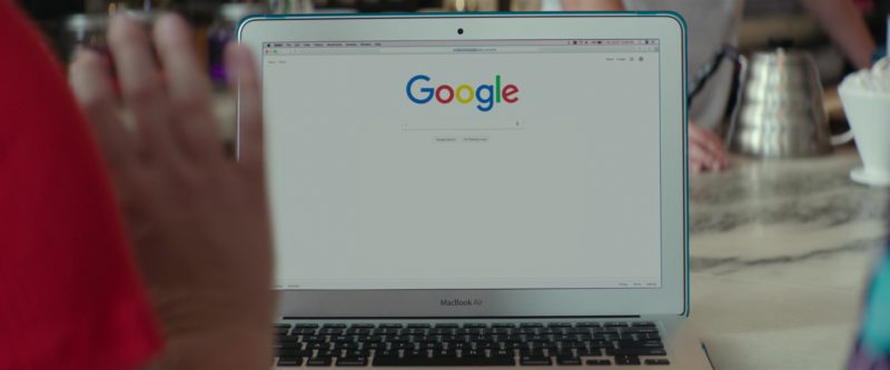 Apple MacBook Air Laptop and Google Search in I Feel Pretty (2018) Movie Product Placement