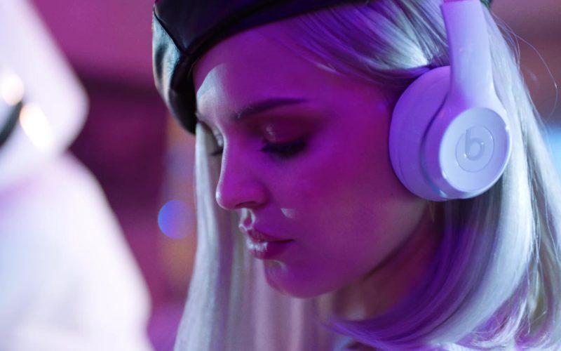 Beats Headphones Worn by Anne-Marie (4)