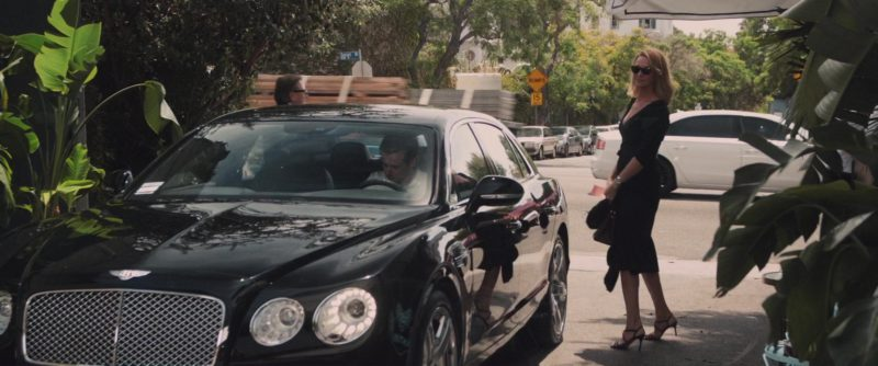 Bentley Continental Flying Spur in The Con Is On (2018) - Movie Product Placement