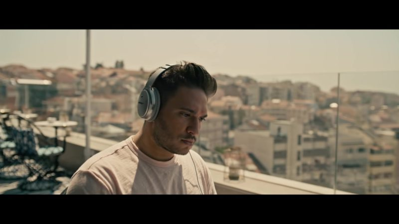 "Bose Headphones Used by Jonas Blue in ""Rise"" ft. Jack & Jack (2018) Official Music Video Product Placement"