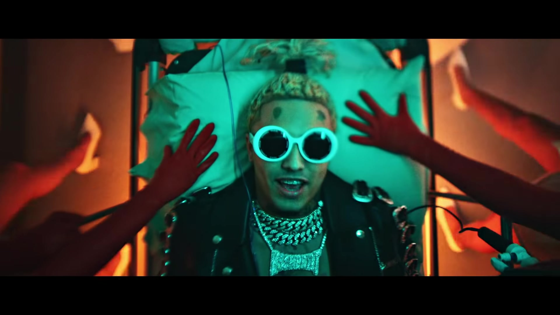 Chanel White Round Frame Sunglasses Worn By Lil Pump In