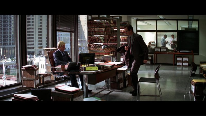Dell Monitor Used by Aaron Eckhart (Two-Face) in The Dark Knight (2008) - Movie Product Placement