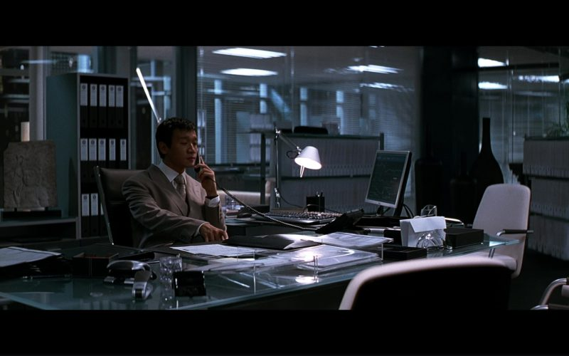 Dell Monitor Used by Ng Chin Han in The Dark Knight