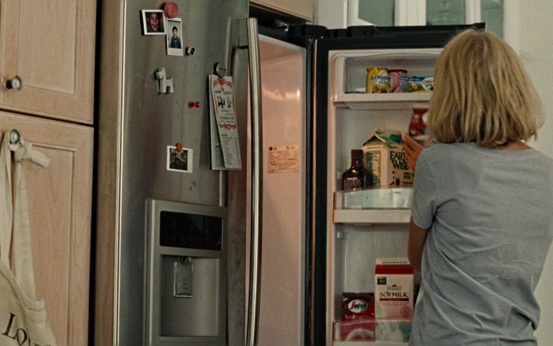 Earth Wise Fruit Juice in The Book of Henry