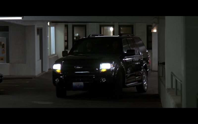 Ford Expedition SUV in The Dark Knight (1)