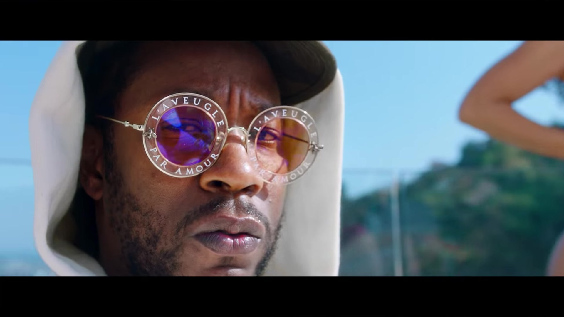 Seen In The Music Video Gucci Eyewear L Aveugle Par Amour