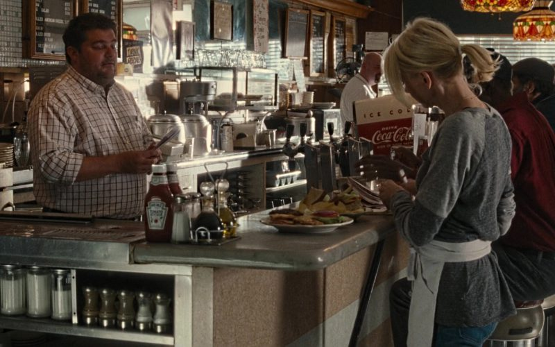 Heinz Ketchup and Coca-Cola Refrigerator in The Book of Henry (1)