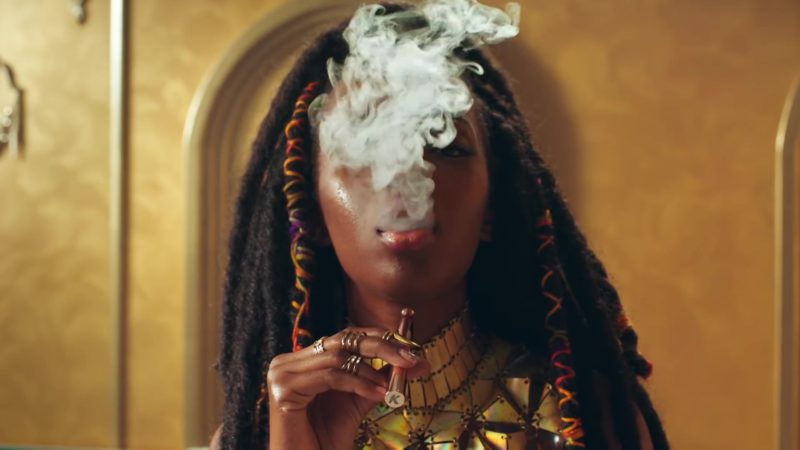 """KandyPens Vaporizer Pens in """"No Brainer"""" by DJ Khaled ft. Justin Bieber, Chance the Rapper, Quavo (2018) - Official Music Video Product Placement"""