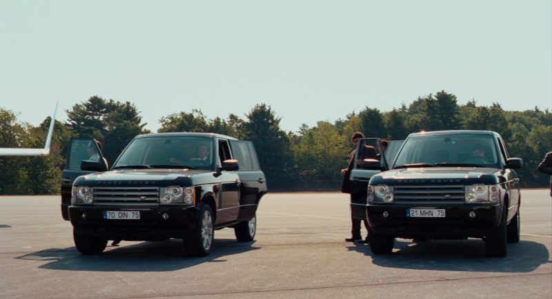 Land-Rover Range Rover Series III SUVs in The Pink Panther 2 (2009) - Movie Product Placement