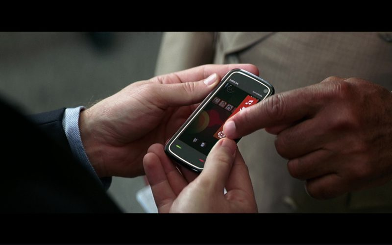 Nokia Phone Used by Christian Bale (Bruce Wayne) in The Dark Knight (1)