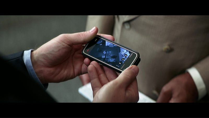 Nokia Phone Used by Christian Bale (Bruce Wayne) in The Dark Knight (2008) Movie Product Placement
