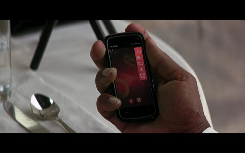 Nokia Smartphone Used by Morgan Freeman (Lucius Fox) in The Dark Knight (1)