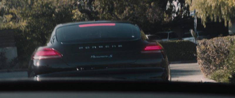 Porsche Panamera S Sports Car Driven by Alice Eve in The Con Is On (2018) - Movie Product Placement