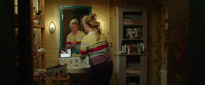 Samsung Tablet Used by Amy Schumer in I Feel Pretty (2018) Movie Product Placement