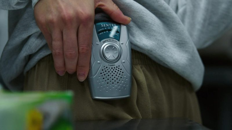 Sentry AM/FM Pocket Radio in Orange Is the New Black: Mischief Mischief (2018) TV Show Product Placement