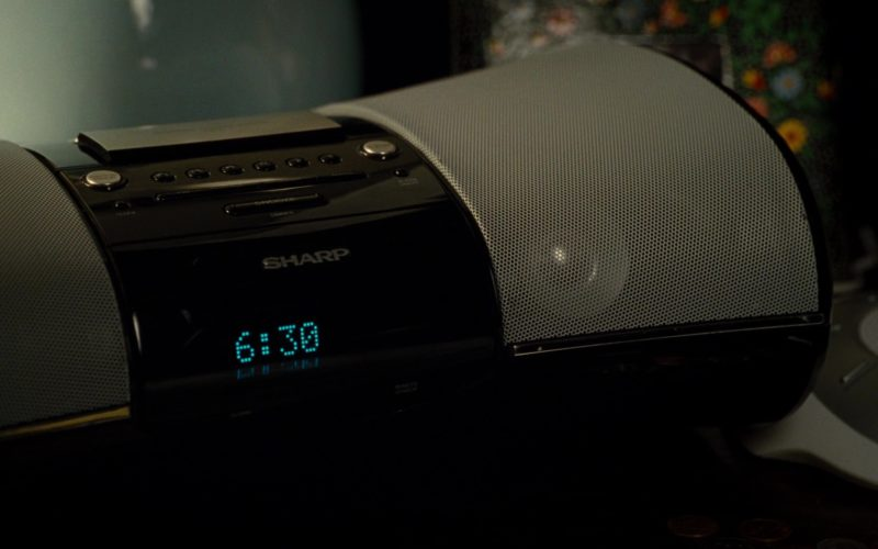 Sharp iPod Remote Dock Used by Jonah Hill in Get Him to the Greek (1)