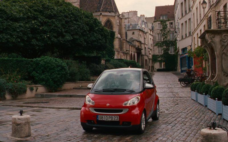 Smart Fortwo Red Cars in The Pink Panther 2 (1)